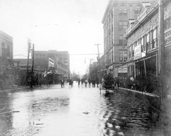 Pensacola after 1906 hurricane